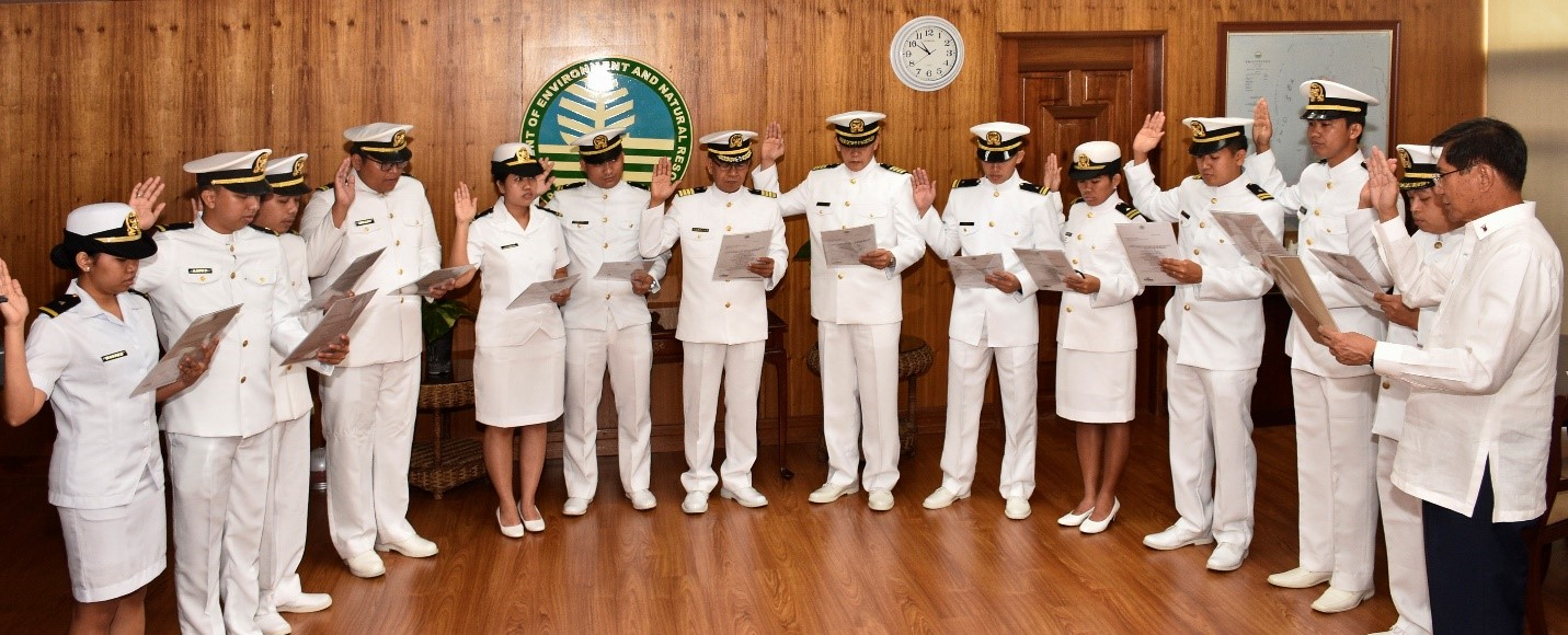 DENR Secretary Administers Oath of NAMRIA Commissioned Officers
